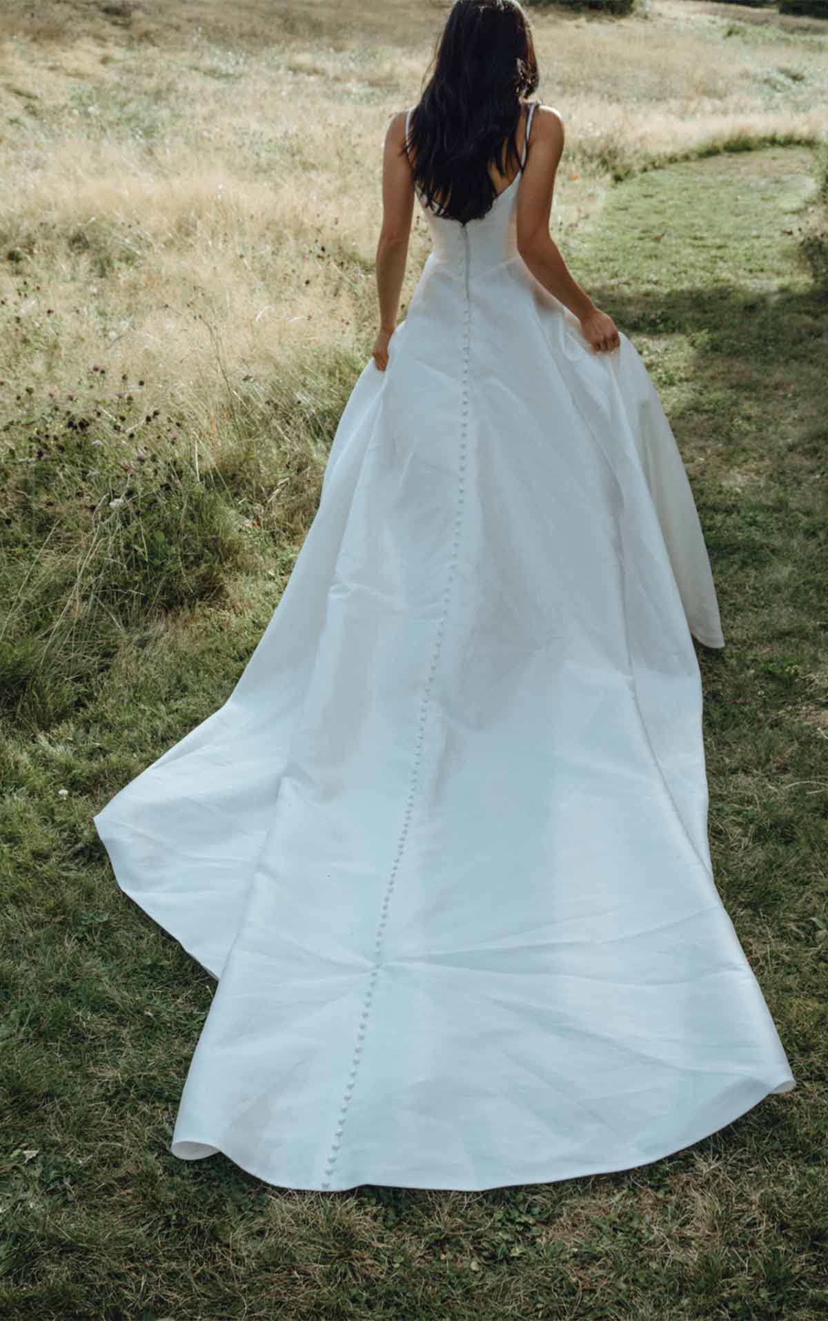 1310 Minimalist Structured Wedding Ballgown with Pockets by Martina Liana