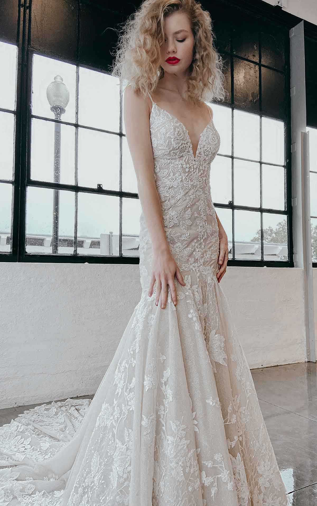 1301 Sexy Organic Lace Wedding Dress with Sparkle Elements by Martina Liana